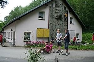 """AWO-Schullandheim """"Am Schäferstein"""" Limbach/V."""